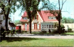 Iowa Bellevue Joe A And Grace Young Museum - Museum