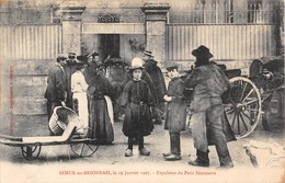 71 -  CPA SEMUR EN BRIONNAIS Expulsion Du Petit Séminaire RARE - Francia