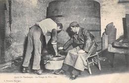 71 -  CPA  MARCIGNY Après Les Vendanges Le Tirage Du Vin RARE - Francia