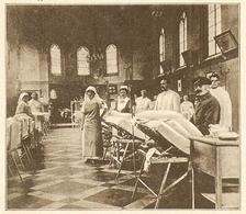 DOUAI Salle Des Blessés Dans La Chapelle De L' Ecole Normale 1916 - Vieux Papiers