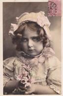 Jolie Carte Fantaisie - Portrait Enfant, FILLETTE BOUDEUSE - A Voir 2 Scans - Portraits