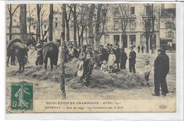 51 EPERNAY .  . Emeutes De Champagne , Avril 1911 , état De Siège, Cuirassiers Sur Le Jard , édit : ELD , écrite  , - Epernay