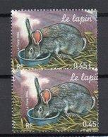 - FRANCE Variété N° 3645a - 0,45 € Le Lapin 2004 - PIQUAGE A CHEVAL - Signé CALVES - Cote 150 EUR - - Variétés Et Curiosités