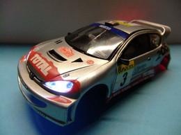 SCALEXTRIC  PEUGEOT 206 Con Luz Accesorio Carroceria - Circuitos Automóviles
