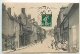 CPA 18 Cher Dun-sur-Auron Rue Des Ponts - Dun-sur-Auron