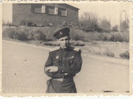 RUSSIA. #1466 A PHOTO. GERMANY. MILITARY. CIGARETTE. KRASNOARMEETS. *** - Proyectores De Cine