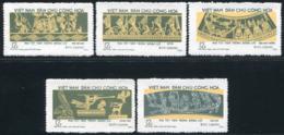 Vietnam Du Nord 1973  YT 781-785 ; Mi# 726-730 MNG (*) - Viêt-Nam