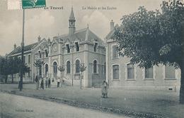 LE TOUVET - LA MAIRIE ET LES ECOLES - France