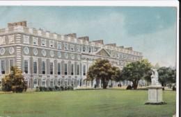 AN11 Hampton Court Palace - London Suburbs