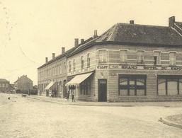 +++ CPA - BOURG LEOPOLD - LEOPOLDSBURG - Rue De La Station - Café - Hôtel Du Camp - Nels   // - Leopoldsburg