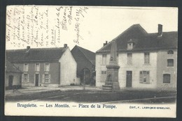 +++ CPA - BRUGELETTE - Les Montils - Place De La Pompe   // - Brugelette