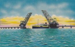 CARTOLINA - POSTCARD - INDIA - SHIP MOVING UNDER PAMBAN BRIDGE - India