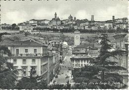 Bergamo (Lombardia) Panorama Di Città Alta Da Largo B. Belotti - Bergamo