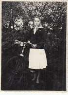 UKRAINE. #1504 A PHOTO. GIRL KOMSOMOLK ON THE BIKE. *** - Proyectores De Cine