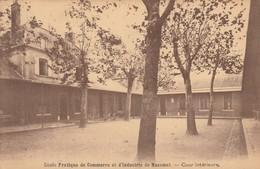Ecole Pratique De Commerce Et D'industrie De Mazamet - Cour Intérieure - Mazamet