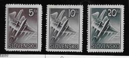 Slovaquie Poste Aérienn N°7/9 - Neuf * Avec Charnière - TB - Slovaquie