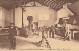 Ecole Pratique De Commerce Et D'industrie De Mazamet - Atelier De Forge  Et Serrurerie - Mazamet