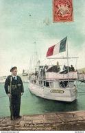 MARINE MILITAIRE FRANCAISE  La Vie Du Marin , Factionnaire Au Petit- Rang   ... - Warships