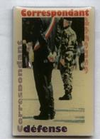 Pin's Armée Militaire Correspondant Défense - Militares