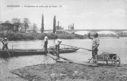 71- CPA  IGUERANDE  Chargement Du Sable Près Du Pont  RARE - Francia