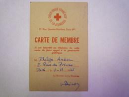 GP 2019 - 810  CROIX ROUGE FRANCAISE De La JEUNESSE  :  CARTE De  MEMBRE  1945  XXX - Old Paper