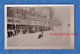 Photo Ancienne Snapshot - Circuit à Situer , MONZA ? - Course De Moto - Modèle à Identifier - Pub BP Longlife - Automobiles