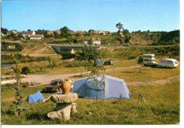44160 PONT-CHÂTEAU - Camping Et Caravaning Le Chatellier - Renault 8 - Pontchâteau