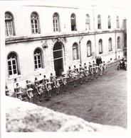 MINI-PHOTO---GENDARMERIE-NATIONALE---motorisée--( Moto B.M.W.  )--voir 2 Scans - Métiers