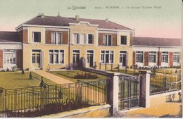 CPA - 5025. ROANNE Groupe Scolaire Matel - Roanne
