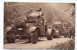 CPA  Militaria : Autos Mitrailleuses  1939  A  VOIR  !!!!!!! - Matériel