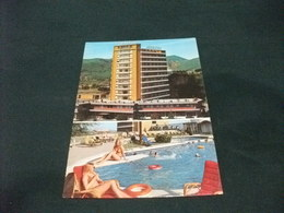PIN UP BIONDA PISCINA HOTEL TERME AUGUSTUS MONTEGROTTO TERME PADOVA - Pin-Ups