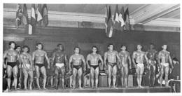 HOMME EN MAILLOT DE BAIN CULTURISME CULTURISTE  18X10CM - Riproduzioni