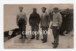 - CPA CALAIS (62) - LA CATASTROPHE DU PLUVIOSE - Renflouement Du Pluviose - Les Scaphandriers - - Calais