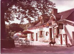 """CHANCEAUX Près LOCHES (37) CAFE RESTAU.""""CHEZ JACQUELINE"""" POMPE ESSENCE  Photo Originale Années 60/ COMBIER CIM Imp Macon - Places"""