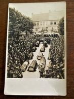Oude FOTOKAART                       Lijkkisten Met Oorlogsslagtoffers - Guerre, Militaire