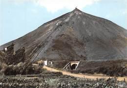 62 - Divion - Beau Cliché D'un Terril - ( Montagne De Déblais D'une Mine ) - Divion