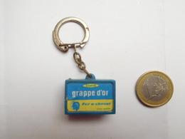 Porte Clés , Savon Grappe D'Or , Fer à Cheval - Porte-clefs