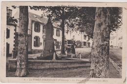 29  La Foret-fouesnant  La Place Et Le Monument Aux Morts - La Forêt-Fouesnant