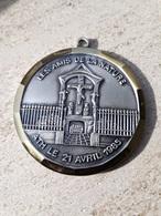 ATH - Médaille - Les Amis De La Nature 21 Avril 1985 - Calvaire Saint-Martin - Obj. 'Souvenir De'