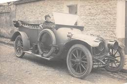 TRANSPORT .n°54455. Automobile. Carte Photo. Femme - Cartes Postales