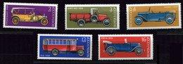 Russie ** N° 4986 à 3990 - Voitures Anciennes - Autos