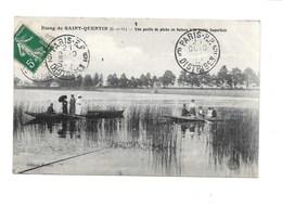 Étang De SAINT-QUENTIN. - Une Partie De Pêche En Bateau à La Petite Superficie. ( Ligne; Trappes; Montigny Le Bretonneux - St. Quentin En Yvelines