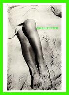 PHOTOGRAPHE - HERBERT BAYER - LEGS IN SAND IN 1928 - FOTOFOLIO, - - Autres Photographes