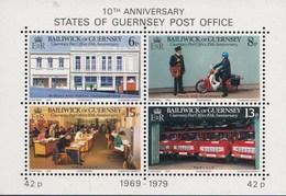Guernsey - 10 Jahre Unabhängige Postverwaltung - MNH - M Blok 2 - Guernsey