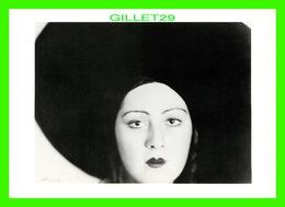 PHOTOGRAPHE - LOTTE JACOBI - HEAD OF A DANCER, BERLIN, 1929 - - Autres Photographes