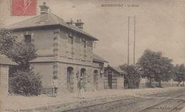 Maurecourt : La Halte - Maurecourt
