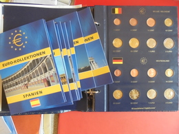 COLLECTION 20 SERIES UNC (1 ALBUM 12 PAYS DIFFERENTS+8 POCHETTES VARIEES) - EURO