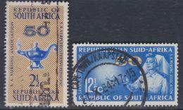 Afrique Du Sud N° 292 / 93  O  Cinquantenaire De L'association Des Infirmières  Les 2 Vals Oblité. Moyennes Sinon TB - Afrique Du Sud (1961-...)