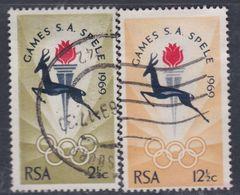 Afrique Du Sud N° 318 / 19  O Jeux Sportifs Sud-africains  Les 2 Vals Oblitérations Moyennes Sinon TB - Afrique Du Sud (1961-...)