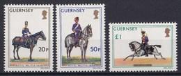 Guernsey - Freimarken: Militäruniformen - MNH M 118-120 - Guernsey